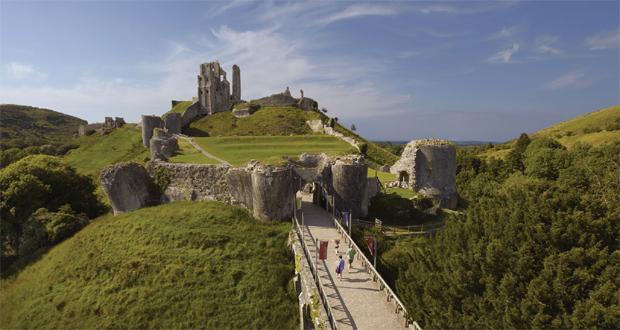 Corfe-Castle-3