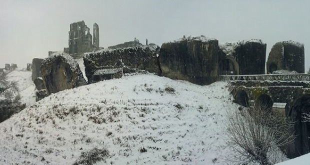 Corfe-Castle-8