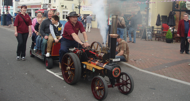 Mini-Steam-on-the-Quay-2