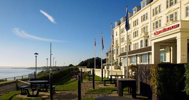 Bournemouth-Highcliff-Grill-Restaurant-1