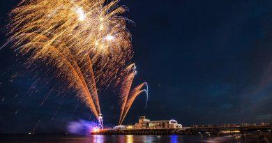 Fireworks - Credit Vivien Francis - copyright