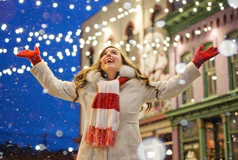 christmas lights 768x517