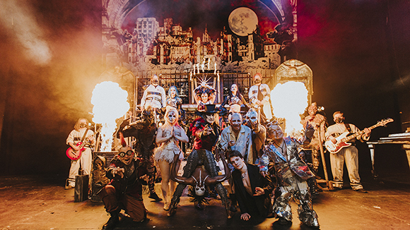 Circus Of HorrorsColour 1 580x326px 1